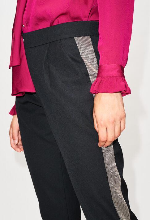 PETRONIH19 : Pantalons et Jeans couleur NOIR