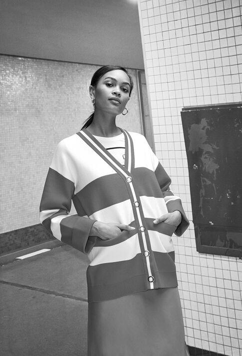 MAXH19 : Maille & Sweatshirts couleur Ecru