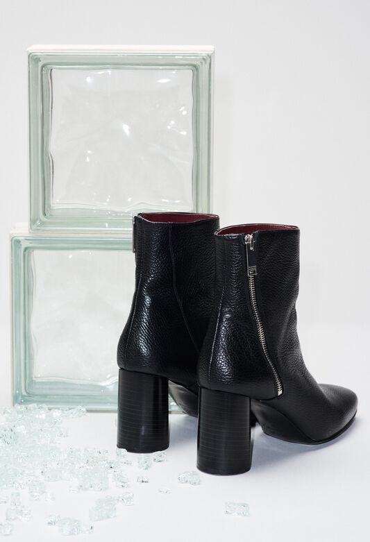 AVRILH19 : Chaussures couleur NOIR