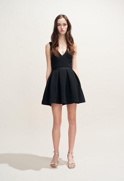 TROUVEE : Robes couleur Noir