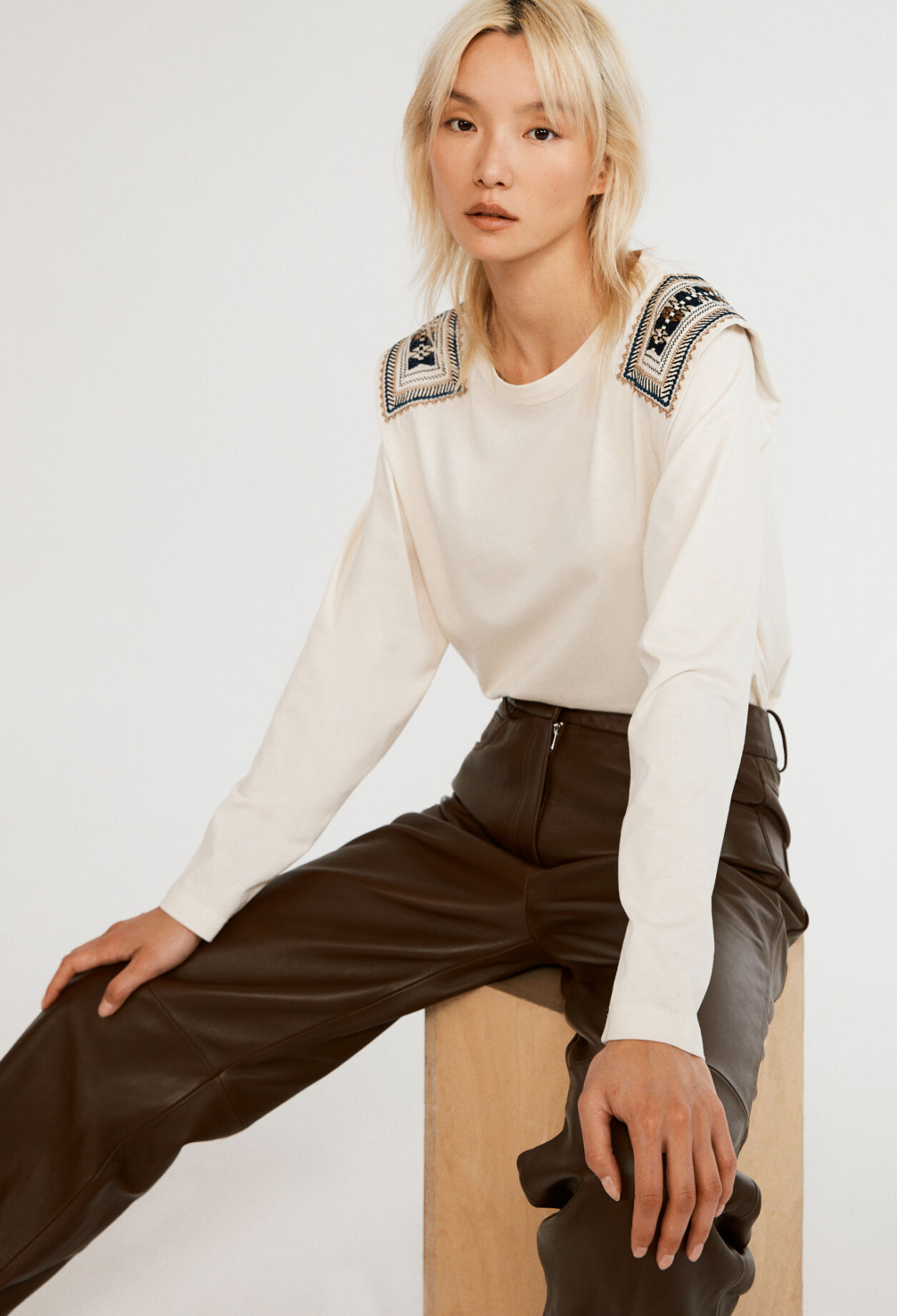 끌로디피에로 티셔츠 Claudie Pierlot T-shirt A manches longues,CREME